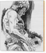 Jeff Beck In Concert Wood Print by David Lloyd Glover
