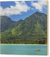 Kayaks In Hanalei Bay Wood Print