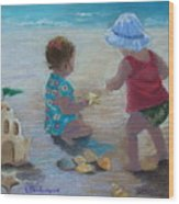 Kids Having A Shell Time In  Holmes Beach Wood Print