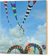 Kite Festival At Lincoln City Oregon Wood Print by Margaret Hood
