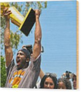 Kobe And The Trophy Wood Print
