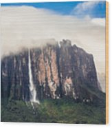 Kukenan Waterfall Wood Print