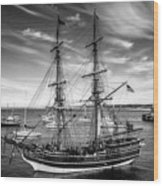 Lady Washington In Black And White Wood Print