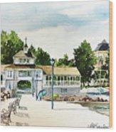 Lakeside Dock And Pavilion Wood Print