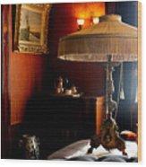 Lamp At Glensheen Wood Print
