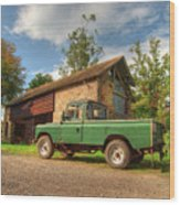 Landrover And The Barn Wood Print