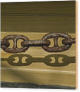 Large Rusted Chain And Its Shadow Wood Print