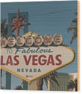 Las Vegas Welcome Sign With Vegas Strip In Background Wood Print