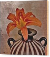 Lily In A Peruvian Vase Wood Print