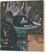 Linda's Patio Cats Wood Print