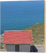 Little Shack At The Point Reyes Lighthouse In California . 7d16020 Wood Print by Wingsdomain Art and Photography