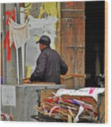 Living The Old Shanghai Life Wood Print