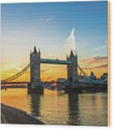 London Sunrise 2 Wood Print
