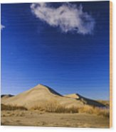 Lonely Cloud Over Sand Dunes At Bruneau Dunes State Park Idaho Usa Wood Print