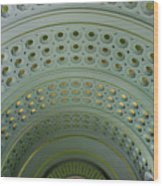 Looking Up In Union Station -- A Westward View Wood Print