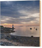 Low Tide At Salem's Lighthouse Wood Print
