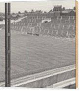 Luton Town - Kenilworth Road - Kenilworth Terrace North Goal 1 - Bw - August 1969 Wood Print