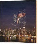 Macy's Fireworks Iv Wood Print by David Hahn