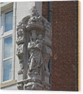 Madonna And Child Statue On The Corner Of A House In Bruges Wood Print