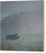 Maid Of The Mist Wood Print