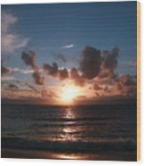 Ma'ili Sunset Wood Print