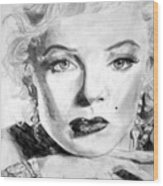 Marilyn In Pose Wood Print