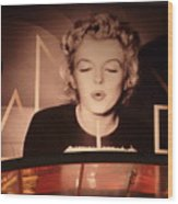 Marilyn Over The Red Carpet Wood Print