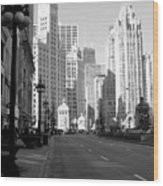 Michigan Ave Tall B-w Wood Print