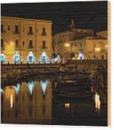 Midnight Silence And Solitude - Syracuse Sicily Illuminated Waterfront Wood Print