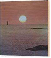 Minots Ledge Light At Sunrise Wood Print