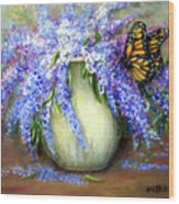 Monarch Of The Lilacs Wood Print