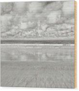On The Beach 4 Wood Print