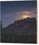 Moonrise Over The Superstitions Wood Print