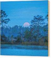 Moonset At The Hungryland Wood Print