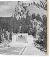 Mount Rushmore National Monument Amphitheater South Dakota Black And White Wood Print