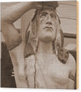 Native American Statue In Toppenish Wood Print