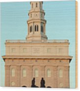 Nauvoo Lds Temple Sunset With Hyrum And Joseph Smith Bronze Statue Wood Print