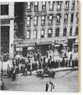 New York: Bank Run, 1930 Wood Print