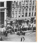 New York: Bank Run, 1930 Wood Print