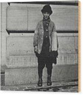Newsboy, 1909 Wood Print