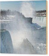 Niagara Up Close Wood Print