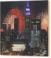 Nyc 4th Of July Fireworks Wood Print