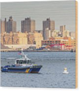 Nypd Patrol Boat In East River Wood Print