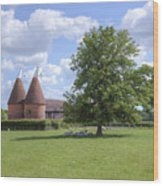 Oast House In Kent - England Wood Print