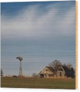 Old Abandoned Farmstead In Kansas Wood Print