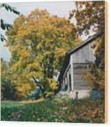 Old Barn In Autum Wood Print