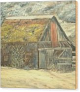 Old Barn Mossey Roof Wood Print
