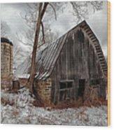 Old Barn Winter Wood Print