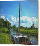 Old Boat In Holland Wood Print