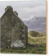 Old Croft Cottage Wood Print